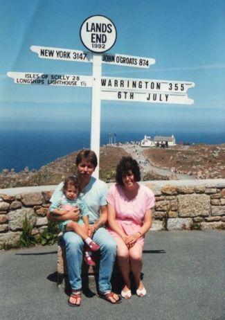 warrington-family-lst184087